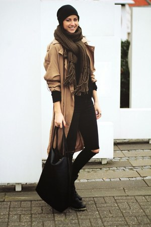 camel Object coat