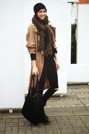camel Object coat