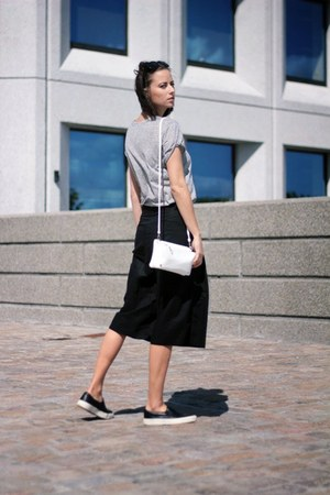 Urban Outfitters bag - H&M t-shirt - weekday pants