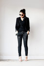 Black-blazer-utility-pants