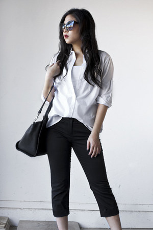 black Express bag - white oversized Forever 21 shirt