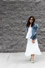 Heather-gray-oxfords-shoes-blue-denim-jacket-jacket-ivory-pleated-skirt
