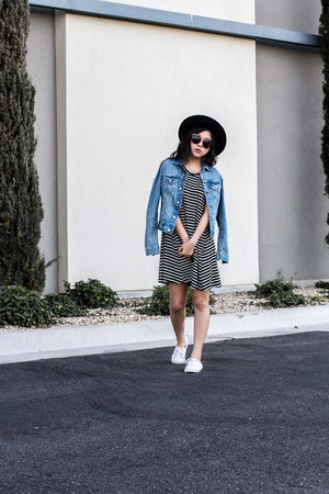 blue denim jacket - black striped dress
