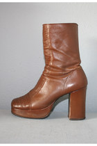 brown platform vintage boots