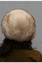 Ivory Tuscan Lamb Fur Vintage Hats