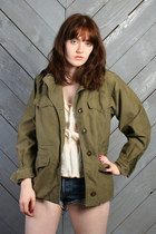 Army-green-vintage-jacket