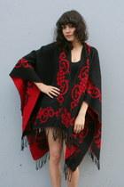 Black-vintage-cape
