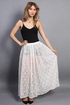 Vintage White Lace Maxi Skirt