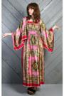 Hot-pink-vintage-dress