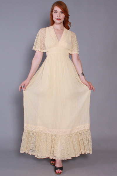 Candi-jones-dress