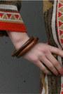 Brown-bangles-vintage-bracelet