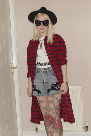 black DressLink hat - brick red check long Front Row Shop shirt