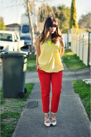 white Wittner shoes - yellow beginning boutique top - red Sportsgirl pants