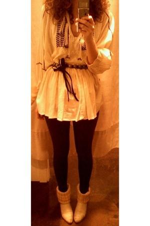 white Zara blouse - beige vintage shoes - black Zara belt