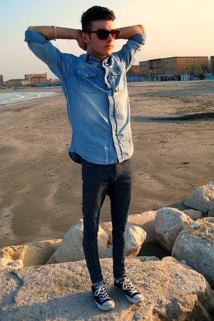 black Converse shoes - blue Gas jeans - blue H&M shirt - brown vintage sunglasse