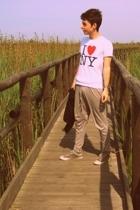 I lone NY t-shirt - pull&bear pants - Converse shoes
