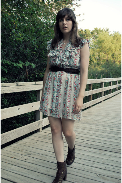 white modcloth dress - brown madewell belt - brown Jeffrey Campbell boots