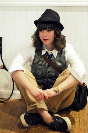 brown dolce moda hat - white luella bartley for target shirt - brown vintage ves