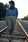 Blue-vintage-shirt-beige-vintage-pants-black-vintage-belt-black-target-hat