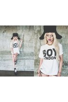 black FUR USHANKA hat - white BOY LONDON TEE t-shirt