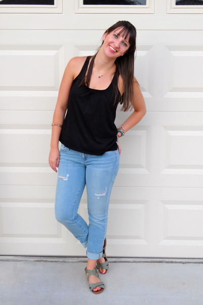 Black tank top jcpenney shirts light blue guess jeans for Black shirt blue jeans