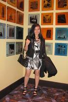 f21 dress - black blazer - Steve Madden shoes