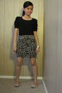 Blouse-skirt-shoes