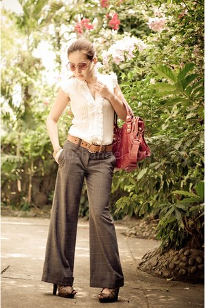balenciaga bag - vintage belt - wide-legged H&M pants - 101 new york blouse - H&