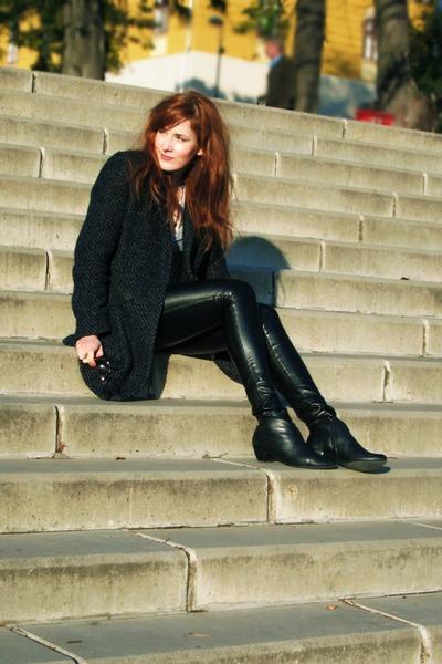 coat - black faux leather leggings