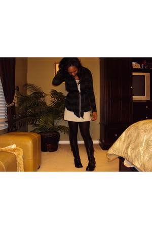 gray Forever 21 dress - black Forever 21 sweater - black calvin klein boots
