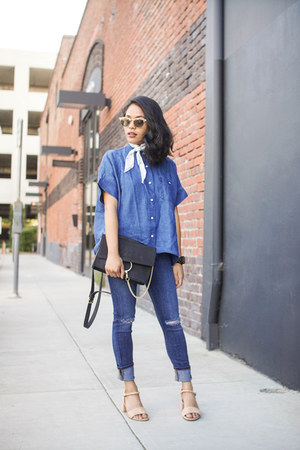 blue denim button up everlane top - navy goldsign jeans