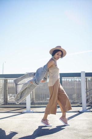 heather gray knit Forever 21 cardigan - camel felt fedora Nordstrom hat
