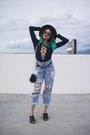 Navy-levis-jeans-black-tory-burch-bag-black-mule-forever-21-heels