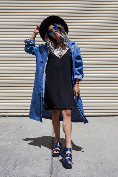 blue zeroUV sunglasses - black Forever 21 dress