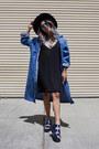 Blue-zerouv-sunglasses-black-forever-21-dress