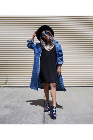 blue zeroUV sunglasses - black Forever 21 dress