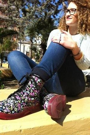 boots - jumper
