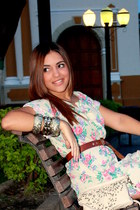 eggshell Bershka purse - gold accessories - tawny Zara belt - eggshell Zara heel