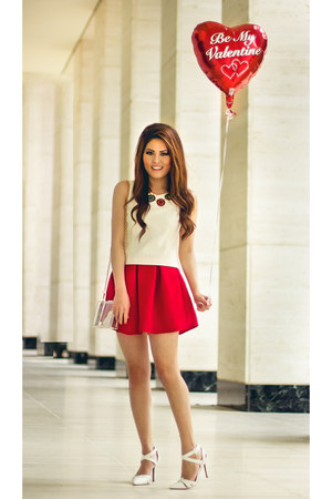red neoprene Boohoo skirt