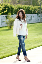 navy boyfriend Zara jeans - cream banana republic blazer