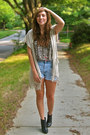 Black-r2-boots-light-blue-diy-thrifted-shorts-beige-qi-cashmere-vest-black