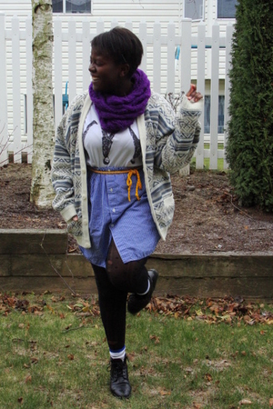 purple Forever 21 scarf - beige sweater - white t-shirt - gold American Apparel