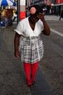 Dark-khaki-trench-urban-renewal-coat-hot-pink-hue-stockings-black-pins-and-n