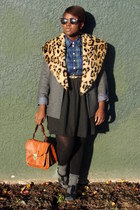 charcoal gray thrifted blazer - green thrifted plaid shirt - camel accessories -