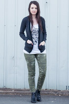 olive green cotton Gap pants - black leather Michael Kors boots