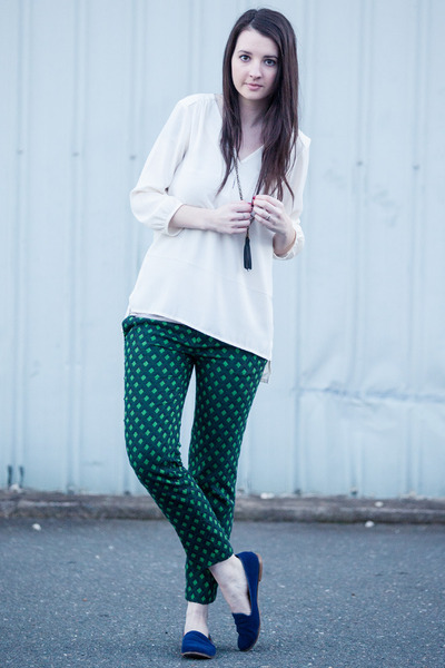 green Zara pants - blue modcloth flats - ivory H&M top - navy madewell necklace