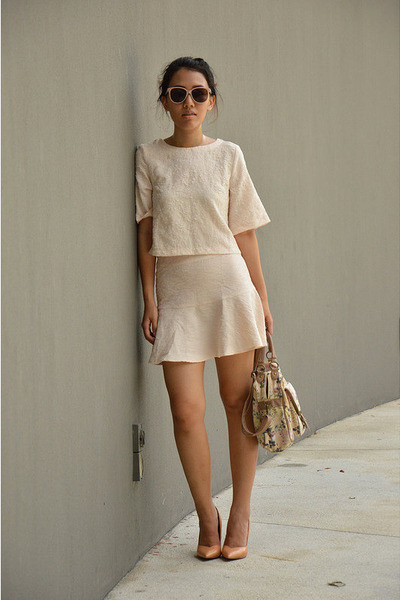 nude nude heels Zara heels - tan floral bag new look bag