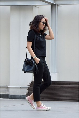 black bucket bag Zara bag - black Ray Ban sunglasses - black Zalora top