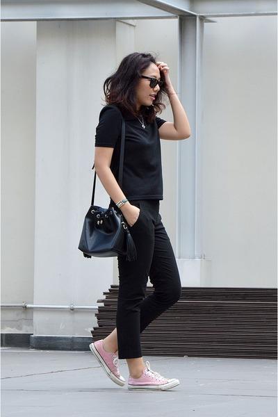 black bucket bag Zara bag - black Ray Ban sunglasses - black Zalora top