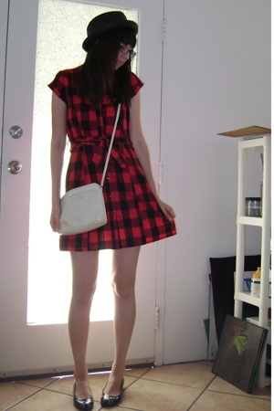forever 21 dress - Target hat - thrifted purse - Marc by Marc Jacobs shoes